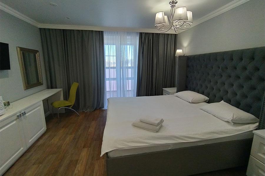 Номер Студия улучшенная в гостинице - КвартХаус